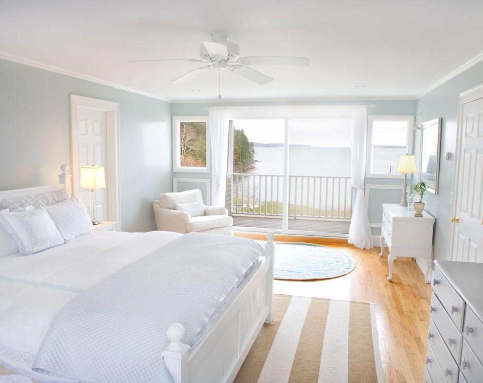 white-bedroom